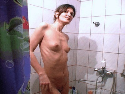 Skinny Girl Pees In The Bathtub