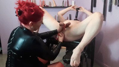 Goddess Andreea And Her Friend CBT And Shittings