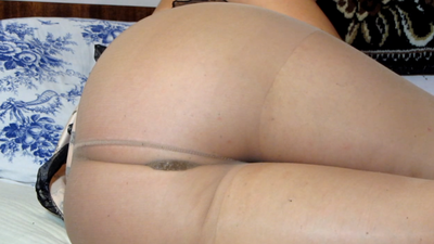She Wakes Up And Shit In Pantyhose
