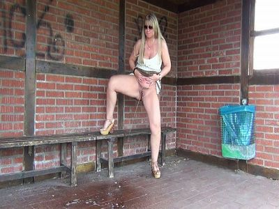Mega-bus Stop-public-piss