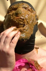 Facefull Of Diarrhea After Godess Vacation