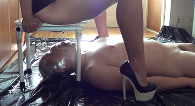 Mistress Roberta – Toilet Training And Humiliation
