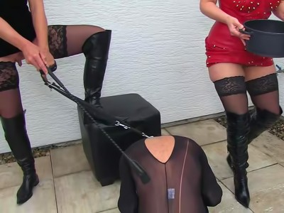 2 Ladies And Plenty To Drink For The Slave