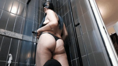 Hungry Slave In The Bathroom