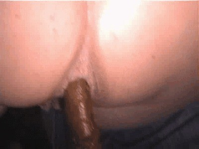 Kinky Fat Ass Babe Pooping On The Road