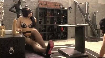 Mistress Gaia – Butt Plug Scat Slut