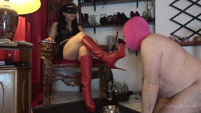 Mistress Gaia – His First Bowl Of Scat