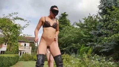 Mistress Gaia – Pee Pussy